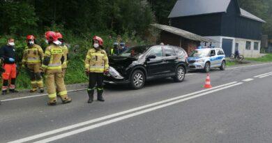 Dwa samochody zderzyły się na zakopiance
