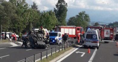 Groźne zderzenie samochodów osobowych na zakopiance