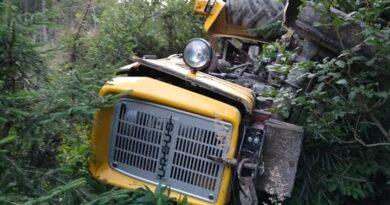 W Zubrzycy Górnej doszło do kolejnego wypadku ciągnika