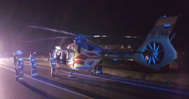 Policja podaje informacje o groźnym wypadku na krajowej 7