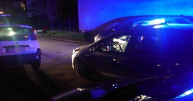 Nocna interwencja policji na nowotarskim osiedlu (zdjęcia)