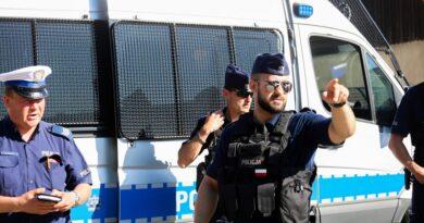 Policja w Nowej Białej (zdjecia)